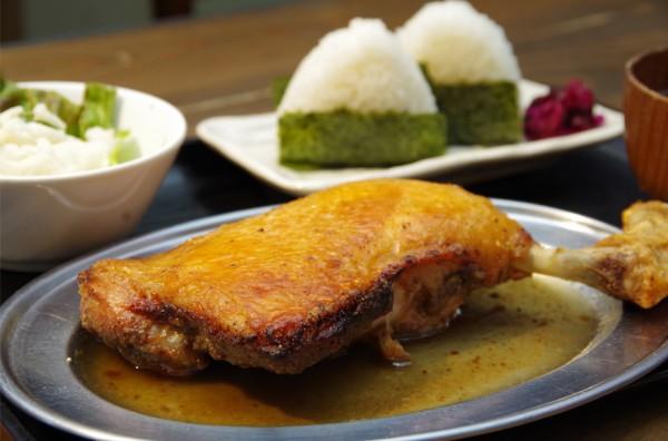 土浦で骨付き鶏が楽しめる、がぶり亭